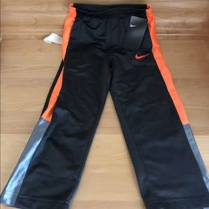 Toddler Boys Nike pants size 4 XS NWT